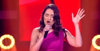Paraibana de banda de forró surpreende internautas no 'The Voice Brasil'