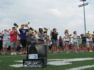marching band practice uses half mile hailer pa system amplivox sound systems blog. Black Bedroom Furniture Sets. Home Design Ideas