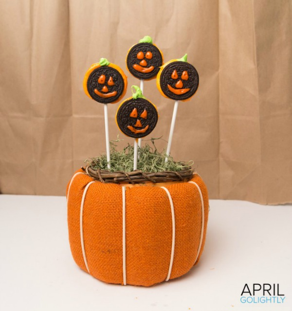 Oreo Pumpkin Lollipops from April GoLightly