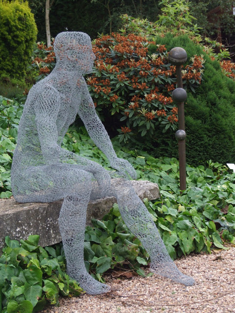 How To Recycle Chicken Wire Sculptures
