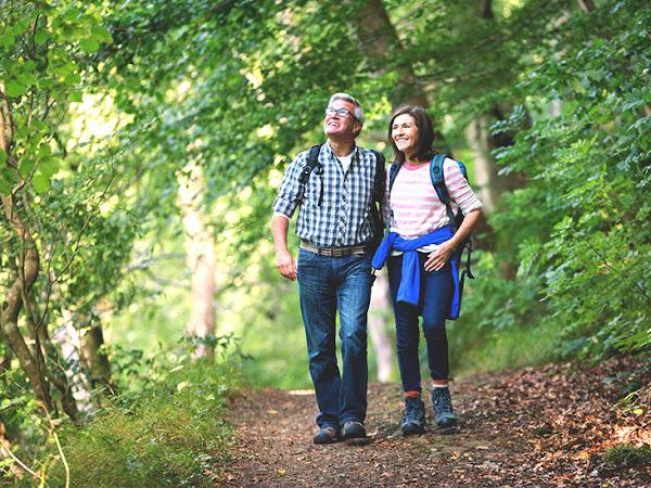 فوائد المشي اليومي في الطبيعة المذهلة