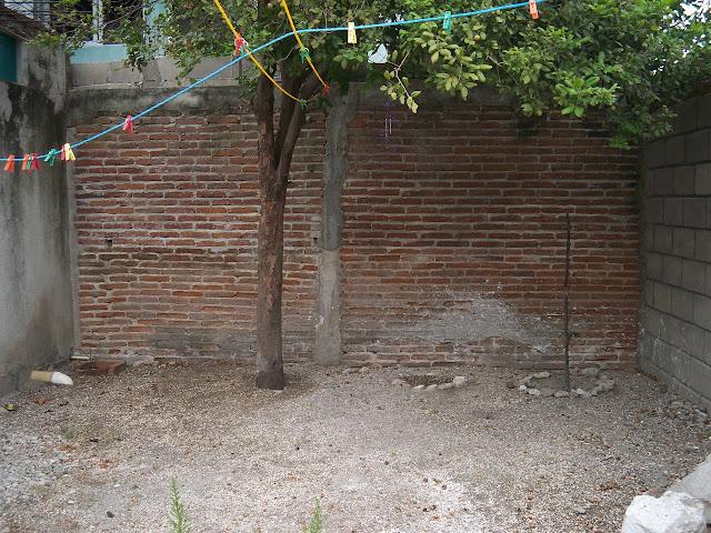 Abortó y enterró el cadáver en el propio patio de su casa en Trujillo