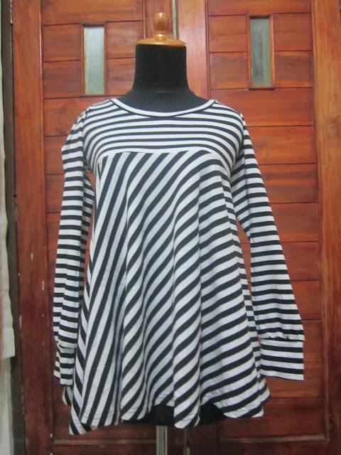 Dress ( DR 13 ) Sudah laku Gan