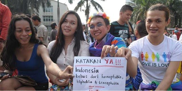 Anggota DPD: Rencana Kemendagri Buat E-KTP untuk Tran5gender Mengarah ke Legalitas LG8T