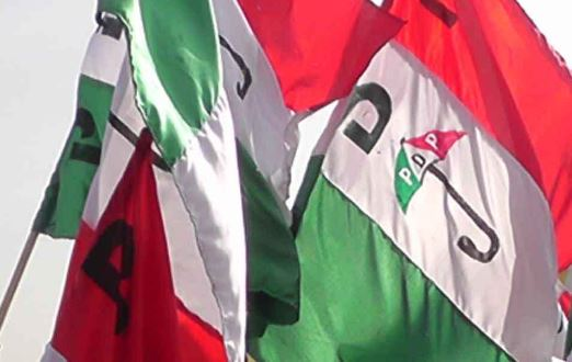 About 41 APC chieftains defect to PDP