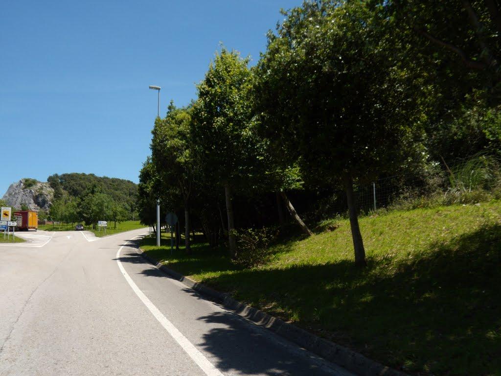 http://www.panoramio.com/photo/37429022