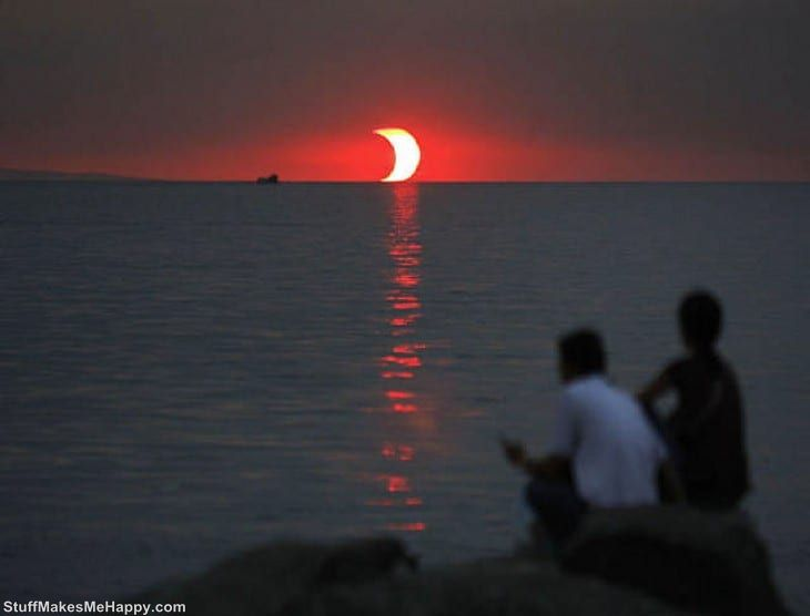 15. Sunset and eclipse that occur simultaneously