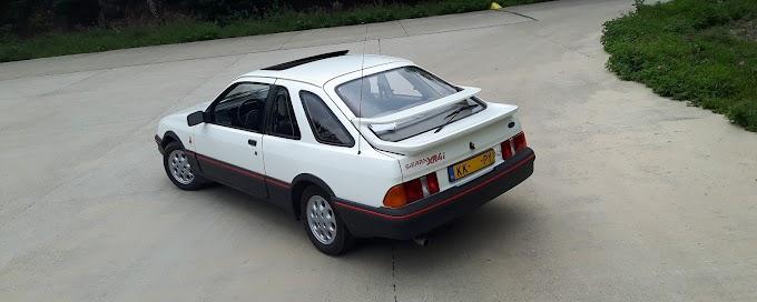 Ford Sierra XR4i: легенда 80-х