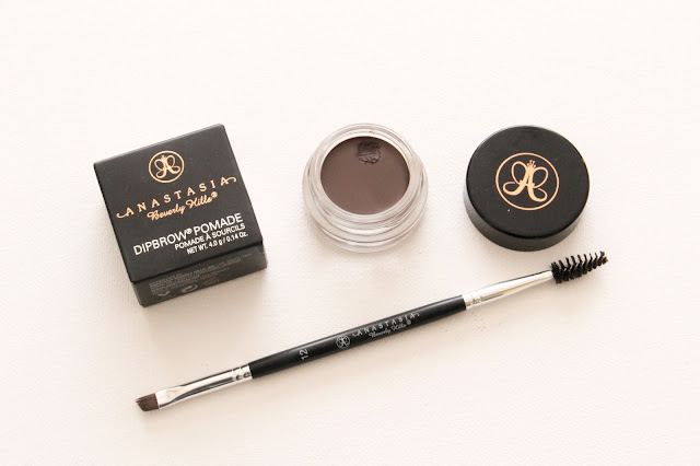 Anastasia Beverly Hills Dipbrow Pomade Chocolate and Brush