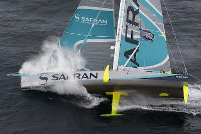 Safran toujours en chantier après son abandon sur la Transat Jacques Vabre.