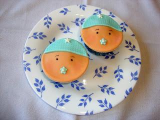 Cupcakes con cara de bebe