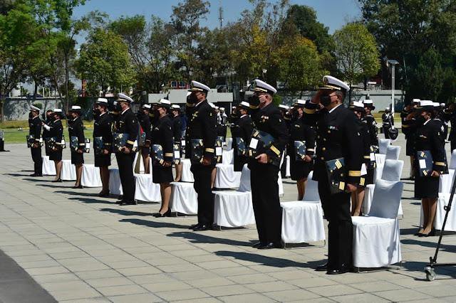 AMLO encabeza conmemoración por el Día de la Armada de México