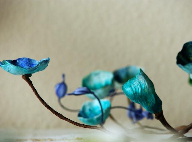ramo ornamentale con fiori di carta per matrimonio ecosostenibile
