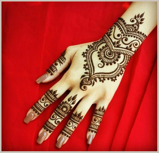 Beautiful, easy and simple bridal mehendi/mehandi designs for hands.