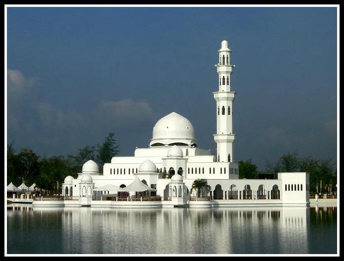 10 masjid terapung di tanahairku..