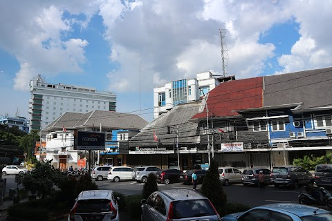 Jakarta Adalah Kosong