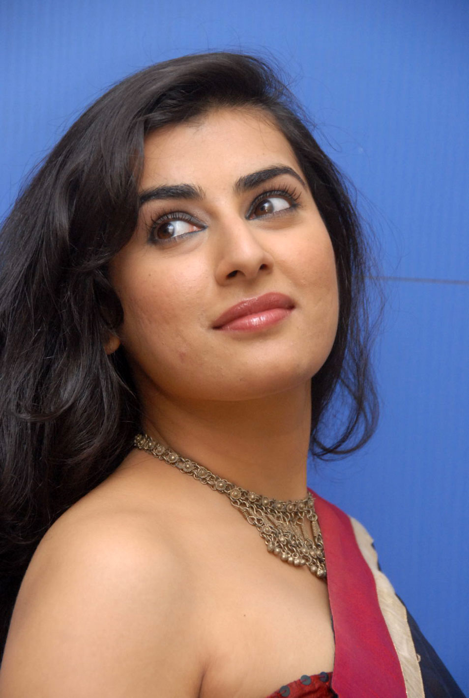 Tollywood Actress Archana Veda Hot Mass Face Closeup Smiling Stills