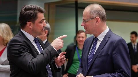 Navracsics szerint az európai identitás megerősítését segíti az Erasmus+