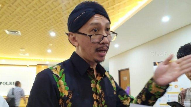 DPR Perintahkan Polisi 'Sikat Tanpa Pandang Bulu' Abu Janda Soal Kasus Rasisme
