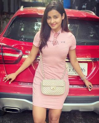 Chhavi Pandey pics