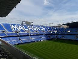 Penjaga lapangan Malaga, yang tinggal di stadion, berharap sepak bola segera kembali ke rumahnya yang unik