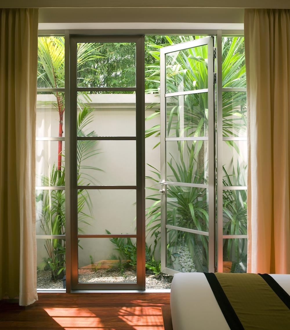 23 Desain Jendela Kamar Tidur Rumah Minimalis Rumah