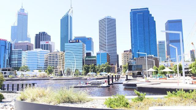 Perth skyline - www.blancdeblancs.fi