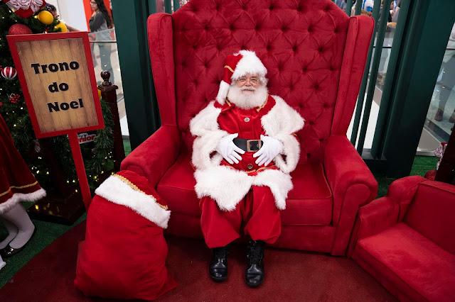 Decoração de Natal e Tradicional foto com Papai Noel atraem clientes e movimentam os shoppings