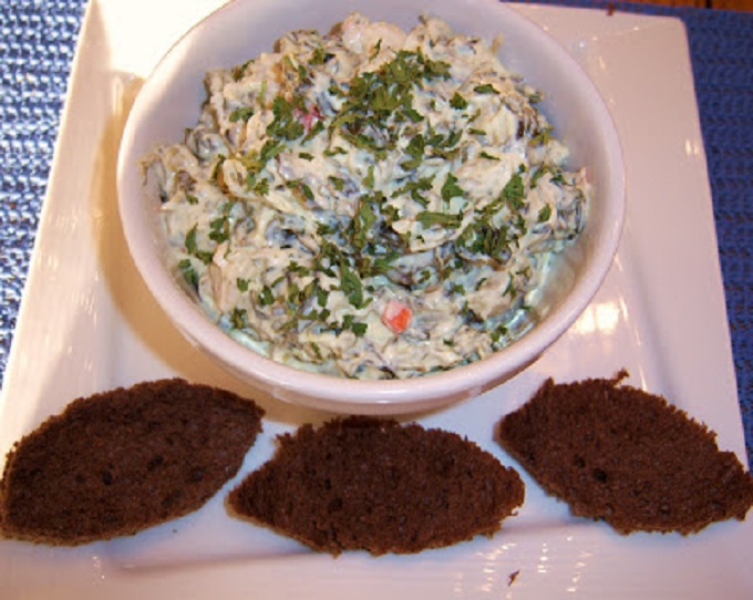 this is spinach and artichoke dip