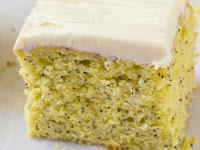HEALTHY FLOURLESS LEMON POPPY SEED BREAKFAST CAKE