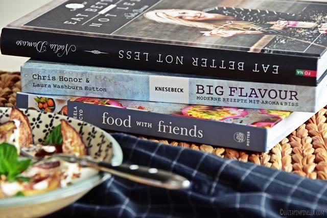 food love | kulinarische buch-tipps & rezept für salat aus ofengerösteten auberginen, datteln, joghurt, tahini & minze | luziapimpinella.com