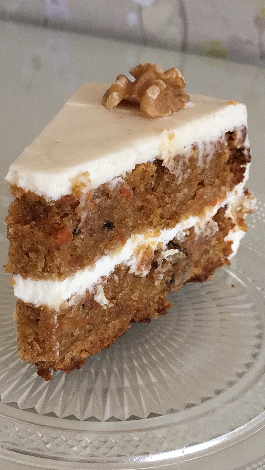 PORCION-CARROT-CAKE