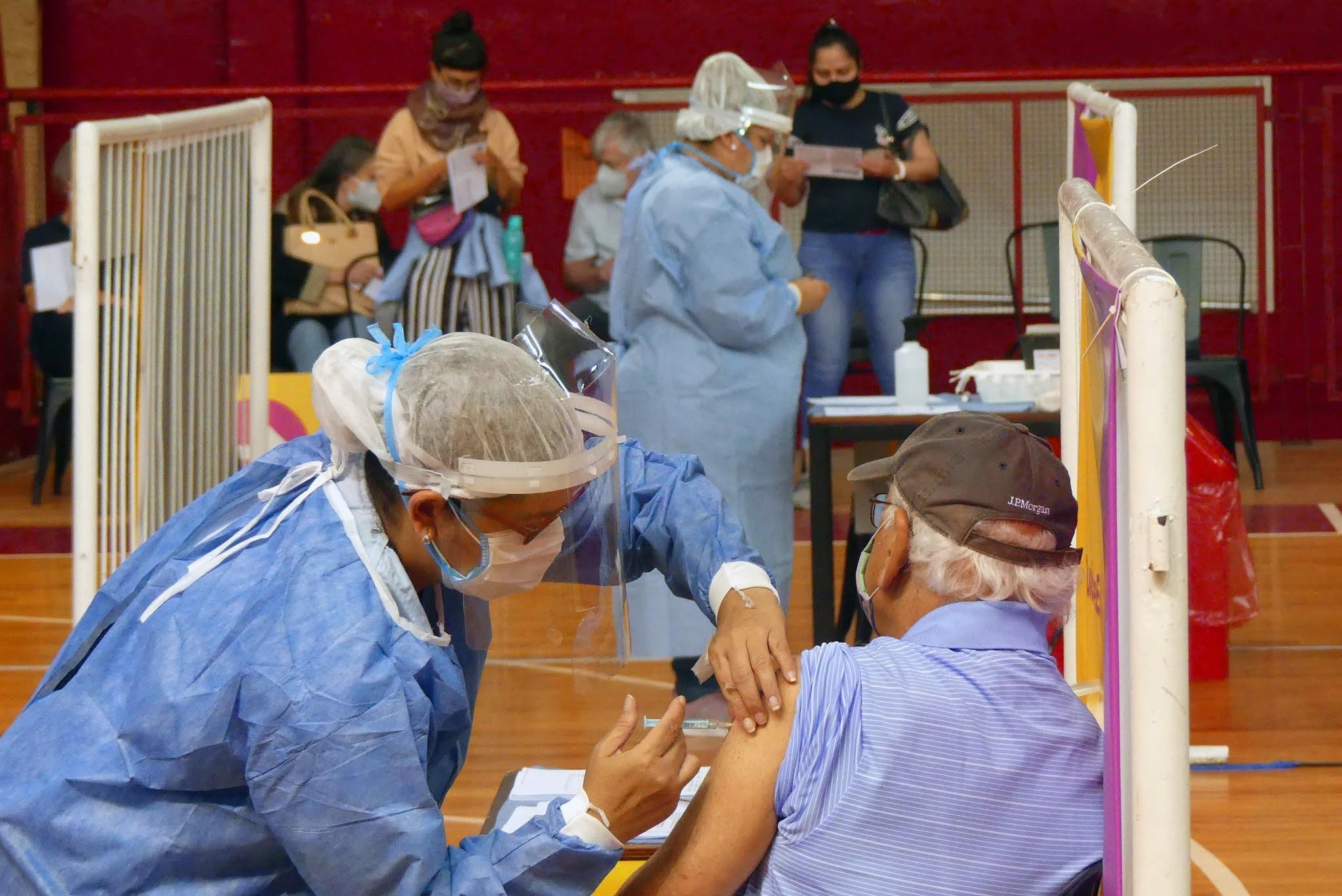 La próxima semana llega 1 millón dosis de Sinopharm y Argentina queda cerca de los 10 millones vacunas