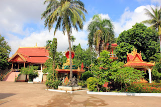 Intorno Wat Neua Thatluang