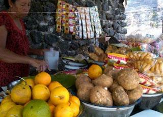 Warung Tipat Cantok Jro Man Gading Desa Beng