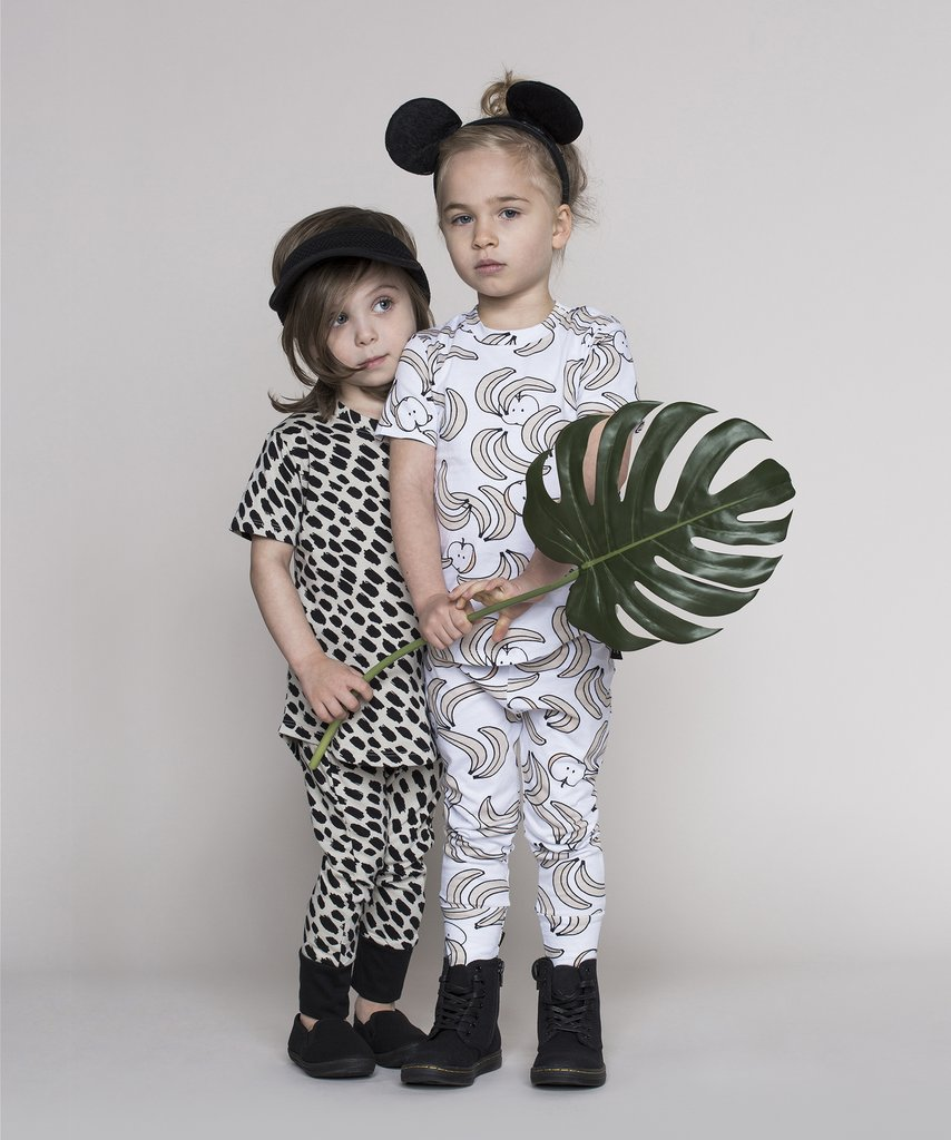 Huxbaby - monochrome kids fashion SS16/17 - dots and bananas