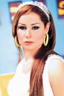 بوسي سمير (Bosy Samir)، مغنيه و ممثلة مصرية