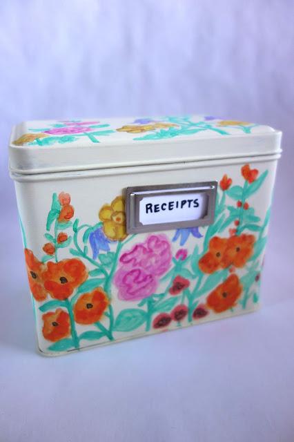 Tea Tin transformation, tea tin crafts, how to repurpose a tea tin, how to store receipts, receipt storage ideas