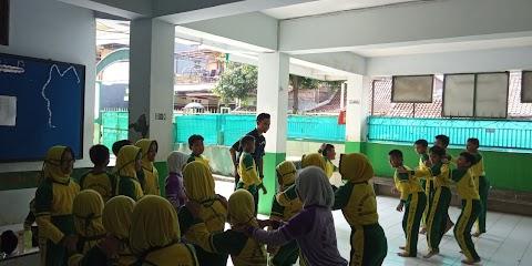 Menumbuhkan Jiwa Kebersamaan Siswa Melalui Pembelajaran PJOK