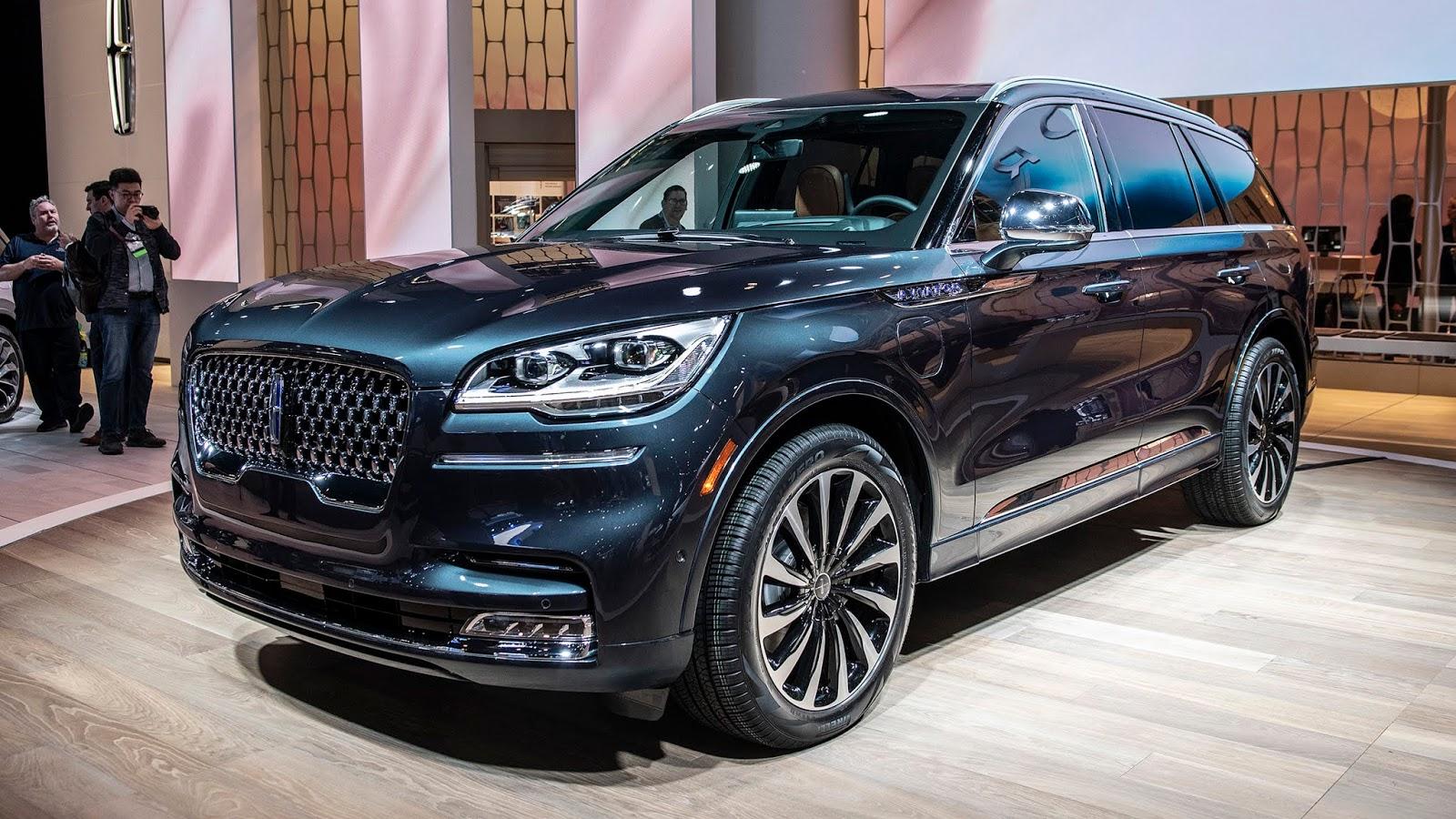 2020 Lincoln Navigator Review, Specs, Price ...