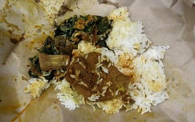 Sering Digunakan Sebagai Pembungkus Makanan, Siapa Sangka Kertas Nasi Ternyata Bisa Picu Penyakit Mematikan! Bahayanya Gak Main-main