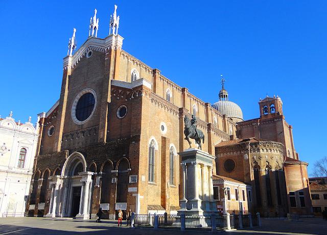 Jak mniši v Benátkách závodili ve stavbě kostelů, basilica santi giovanni e paolo