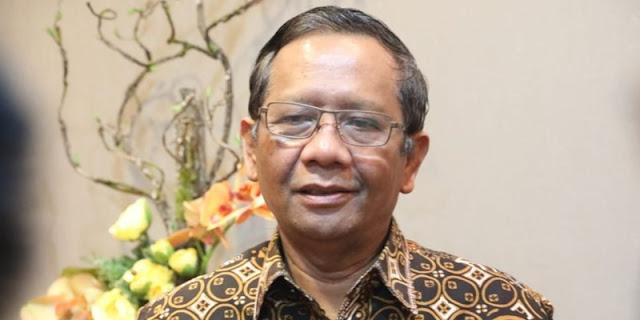 Mahfud MD Ditantang Berani Tunjuk Hidung Pengkritik yang Langganan Po*no