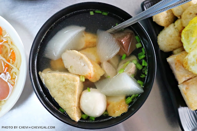 IMG 2720 - 熱血採訪│立偉麵食(太原店)。來自第二市場的一麵三吃超經典。綜合湯品用料澎派毫不手軟