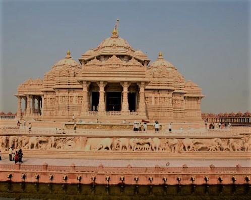 BAPS Akshardham Mandir in Gandhinagar Gujarat