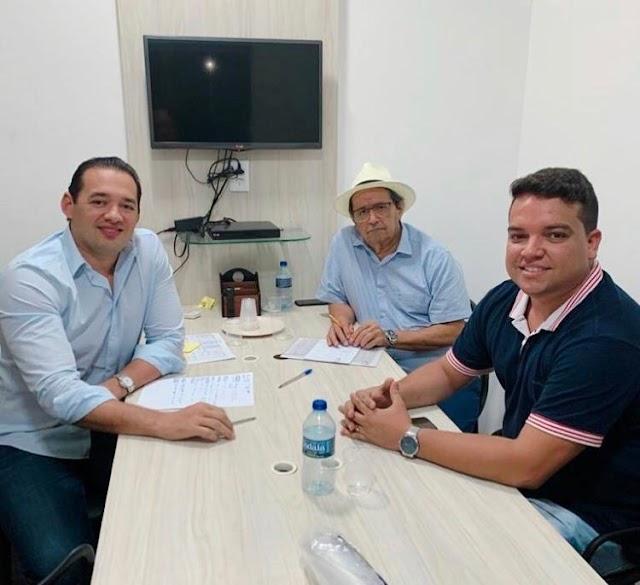 Prefeito Pedro Henrique se reúne com o Deputado Danniel Oliveira e  discute investimentos para Santana do Cariri