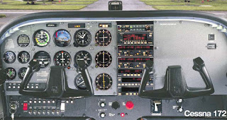 This is a full picture of the Cessna 172 Cockpit