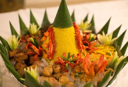 rahasia resep nasi kuning  rasanya mantul mengkilap tidak mudah basi sejarah makna Resepi Nasi Kuning Malaysia Enak dan Mudah