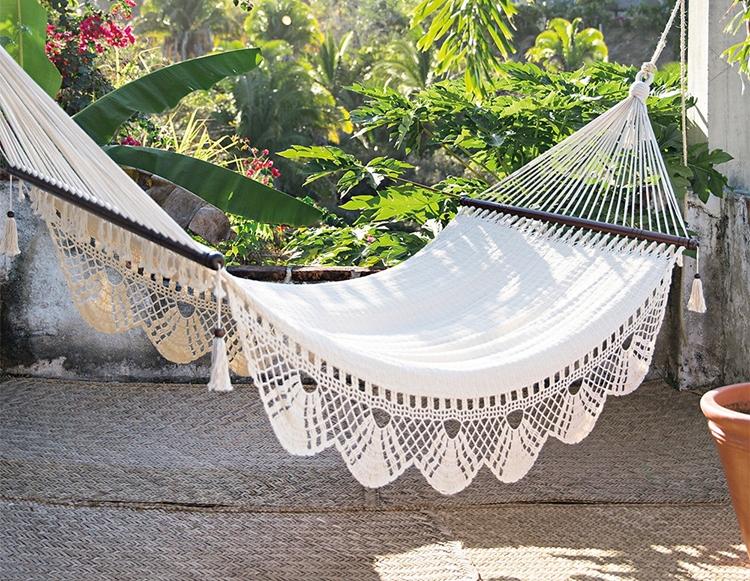 hamaca-blanca-colgante-ganchillo-bohemia-boho-bohemio-estilo-decoracion-nordica-verano