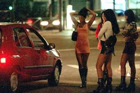 Senegal Government gives Prostitutes identification cards to confirm them as s$x workers